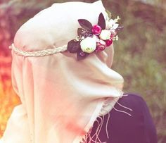 Dpz for girls hijabi Arab Girls Hijab, Muslim Girls, Beautiful Muslim Women, Beautiful Hijab, Beautiful Hands, Casual Hijab Outfit, Hijab Chic, Hijabi Girl, Girl Hijab