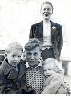 David Attenborough with his wife Jane, who died in and their two children Robert and Susan