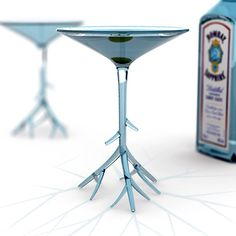 Botanical #martini #glass - love the unique look! #design #home #drink