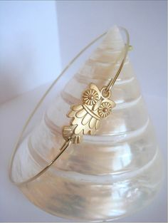 Cute gold owl bangle  Gold owl bracelet  Everyday by Cecileis, $14.00