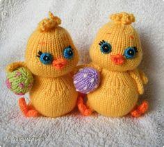 Knitted Doll Patterns, Knitted Dolls, Knitting Patterns, Easter Crochet, Hand Crochet, Crochet Toys, Knitting For Charity, Baby Knitting, Baby Blanket Crochet