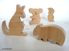 Australian animals - Kangaroo, koala, wombat, cockatoo - Wooden Toy Set