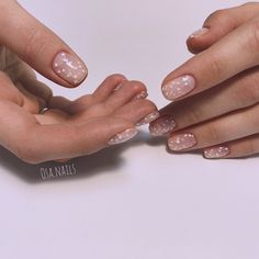 Nail art Christmas - the festive spirit on the nails. Over 70 creative ideas and tutorials - My Nails Hair And Nails, My Nails, Gel Nails French, Minimalist Nails, Manicure Y Pedicure, Fabulous Nails, Nude Nails, Halloween Nails, Trendy Nails