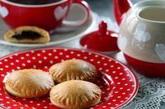 Nutellás párna (paleo) | Klikk a képre a receptért! Paleo, Hamburger, Bread, Breakfast, Food, Drinks, Morning Coffee, Drinking, Beverages