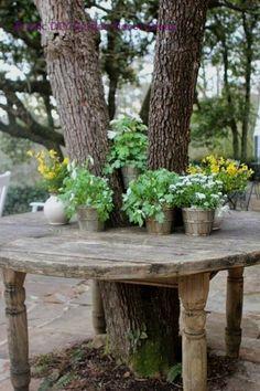 Most Brilliant Garden Junk Repurposed Ideas 🧜♀️🐋⚙Home Decor . Most Brilliant Garden Junk Rep Garden Junk, Garden Cottage, Easy Garden, Diy Garden Decor, Garden Art, Big Garden, Baumgarten, Garden Borders, Rustic Gardens
