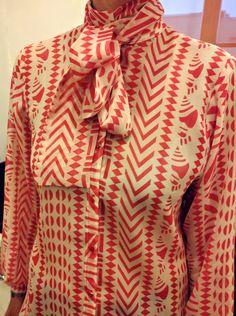 Camicia di seta con fiocco di LuciaCastellana su Etsy
