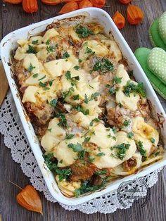 Karkówka pieczona z ziemniakami i pieczarkami