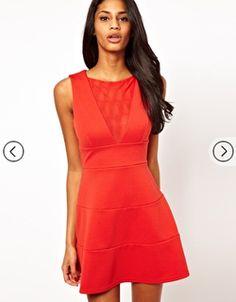 Naranja quemado:  Si quieres robarte las miradas de todos y lucir más sexy que nunca, entonces tienes que recurrir a este color. Te dará mucha vitalidad y sensualidad al instante.