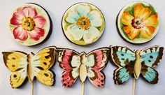 Painted cookies http://www.neviepiecakes.com/