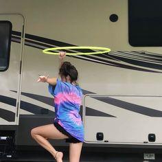 Dance Choreography Videos, Dance Videos, Hula Hoop Video, Hula Hoop Workout, Amazing Gymnastics, Flow Arts, Edm Festival, Keep Fit, Pole Dancing