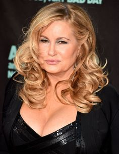 """Jennifer Coolidge arrives at the """"Alexander And The Terrible,. Sexy Older Women, Sexy Women, Beautiful Smile, Beautiful Women, Two Broke Girl, Jennifer Coolidge, Legally Blonde, Women Lingerie, American Girl"""