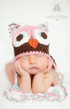 typically not a fan of anne geddes type stuff - but baby owl is TOO cute.