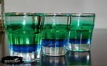 Krokodyl w basenie Składniki: 10 ml Blue Curacao 20 m… Blue Curacao, Shot Glass, Food And Drink, Drinks, Tableware, Cos, Gastronomia, Crocodiles, Pools
