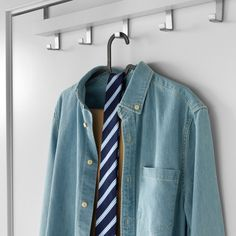 This hanger is perfect for trousers, shirts and skirts. It takes up less space than wooden hangers, so you have more space for clothes. Ikea Hangers, Ikea Hooks, Wooden Hangers, Trouser Hangers, Skirt Hangers, Clothes Hangers, Clothes Storage, Diy Clothes, Hanger Clips