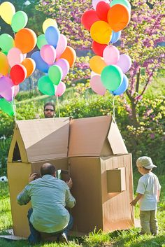 Cardboard house with balloons-how fun is this?!can someone please make this for hunters party !!?!!!