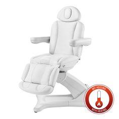 Unsere neue Kosmetikliege bietet optimalen Sitzkomfort und angenehme Bewegungsfreiheit für nahezu jede Behandlung. Drei Motoren gewährleisten komfortable Einstellmöglichkeiten, die Sie bequem auf Knopfdruck abrufen können. Fahren Sie die Kosmetikliege dann per Handbedienung elektrisch in die für Sie optimale Behandlungsposition. Zusätzlich ist diese Kosmetiklige mit einer beheizbaren Liegefläche ausgestattet. (Art.-Nr.: KL 256 h E-3 SF)