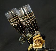 Schwarz und Gold Champagner Flöten Hochzeit von NevenaArtGlass