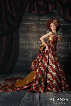 和ドレス 着物ドレス 赤・黒・ゴールドのAライン