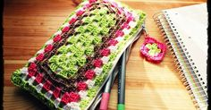 Estuche de crochet, ¡con un granny square rectangular!