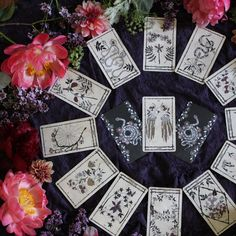 The Ophidia Rosa Tarot is an intuitive deck―a tool for guidance, transformation and wanderlust in the natural realm. Major and Minor Arcana botanical Tarot.