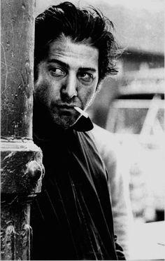 "© Steve Schapiro, Dustin Hoffman, ""Macadam Cowboy"", New York, 1968. https://www.facebook.com/pages/Le-Seuil-et-lHorizon/300782323265464"
