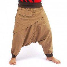 3/5 Aladinhose - khaki mit Stoff Applikation und Tasche