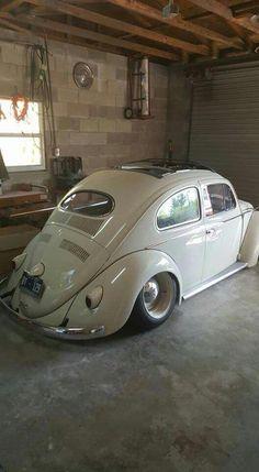 Vw Käfer Oval zugeschlagen - New Ideas Volkswagen Bus, Vw Camper, Kdf Wagen, Beetle Car, Vw Vintage, Car Colors, Vw Beetles, Vespa, Cool Cars