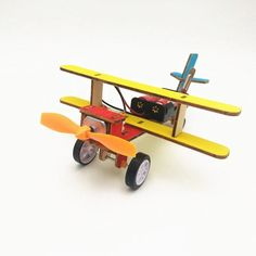 Science Kits For Kids, Stem For Kids, Engineering Kits, Physics Projects, Rc Model Airplanes, Thinking Skills, Learning Toys, Gliders, Diy Toys
