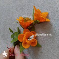Görüntünün olası içeriği: çiçek Jute Crafts, Crochet Flowers, Knitting, Instagram, Jewelry, Red Roses, Craft, Crochet Accessories, Table Toppers