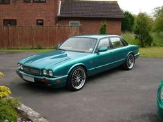 Mike Williams uploaded this image to 'Jaguar'.  See the album on Photobucket.
