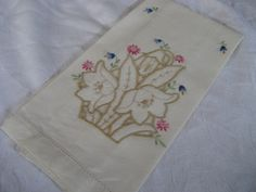 VINTAGE Cream White Linen Cut Work and Embroidered by abandc, $5.95