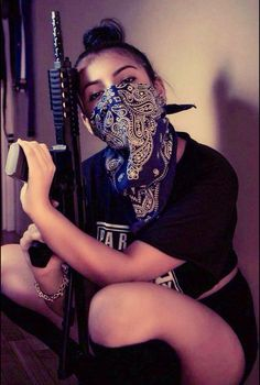 mexican female gangster cholas at DuckDuckGo Stoner Girl, Gangsta Girl, Fille Gangsta, Girl Gang Aesthetic, Badass Aesthetic, Mode Gangster, Chola Style, Thug Girl, Girl Swag