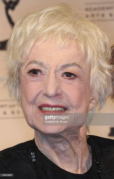 Actress Bea Arthur attends the 2008 Academy of Television Arts & Sciences' Hall of Fame ceremony at the Beverly Hills Hotel on December 2008 in Beverly Hills, California. Get premium, high resolution news photos at Getty Images Beverly Hills Hotel, The Beverly, Dorothy Zbornak, 4 Best Friends, Bea Arthur, Old Hollywood Actresses, Blondie Debbie Harry, Judy Garland, Golden Girls