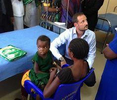 Haakon de Noruega visitaZambia en calidad de embajador de Buena Voluntad de la ONU