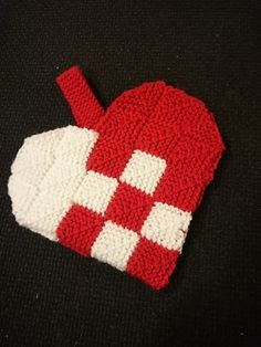 Domino hjerte Xmas, Christmas, Perler Beads, Diy And Crafts, Knit Crochet, Knitting, Craft, Events, Tricot