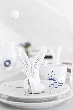 DIY Easter bunny napkin