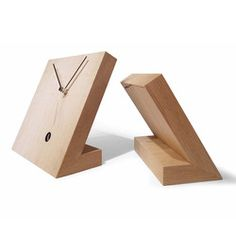 'tact 25 rustic table clock' from tothora
