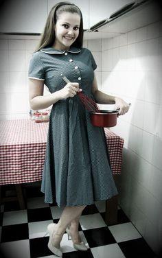 vestido pin up lady marrom R$130.00