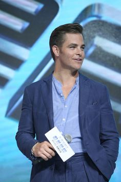 Chris Pine Photos - Chris Pine attends the press conference of the Paramount…