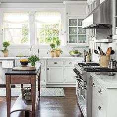The Kitchen - The Editor's Editor: Lindsay Bierman's Birmingham Home - Southern Living
