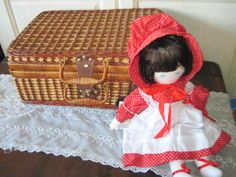 Vintage Wicker Rattan Picnic Basket by Daysgonebytreasures on Etsy, $28.00