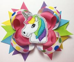 Excited to share this item from my shop: Loopy Felt Unicorn Hairbow - Unicorn and Rainbows - Embroidered Unicorn - Unicorn Bows - Rainbows Hairbows for Girls Rainbow Loom Charms, Rainbow Loom Bracelets, Diy Hair Bows, Diy Bow, Hair Bow Tutorial, Flower Tutorial, Boutique Bow Tutorial, Butterfly Dragon, Monarch Butterfly