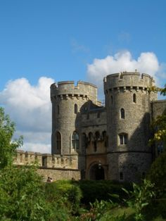 a portion of the Grand Castle , where the Queen lives  , Windsor England