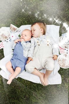 Memini children`s wear by Kristine Vikse, Norwegian design, organic cotton, baby and kids ss 2016. Baby boy, sibling photo, Alice in wonderland, linen, cotton, checked dress, linen suit,