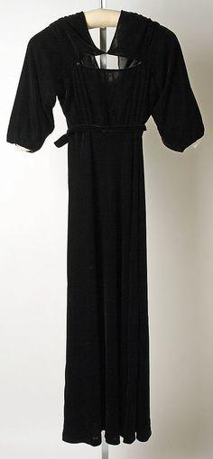 Dinner dress, Jeanne Lanvin. Silk, 1934. Length: 57.5in.