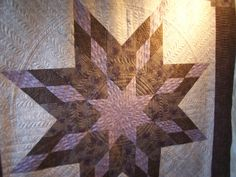 If I ever have to quilt a lone star... Cheryl Thompson medallion full.jpg