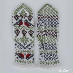 Dagens kjøpeoppskrift: Skogens Ro Knit Mittens, Knitting Socks, Mitten Gloves, Hand Knitting, Knitting Patterns, How To Start Knitting, String Bag, Knitting Accessories, Knitted Bags