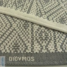 This isan iconic Didymos weave and a fanfavourite. Having existed in different permutations since the 1970's this weave has withstood the test of time and passing trends.With their classic look andairy weave,there is onefor everyone. We find themeasy to wrap with, soft after just one wash, and visually stunning. It's a personal favourite at Little Zen One, comprising a good deal of our stash.