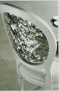 sequin chair, so classic 20's..Would love this with champagney gold sequins!