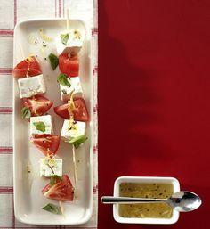 Tomaten-Feta-Spieß- mit leckerem Tofu und oliven und als variation auch mit Früchten (Nektarinen etc)